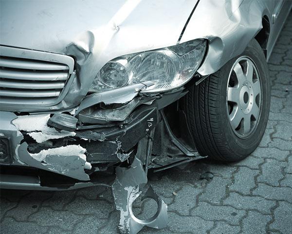KFZ-Fahrzeug-Restwertermittlungen-Wiederbeschaffungswert-Unfall